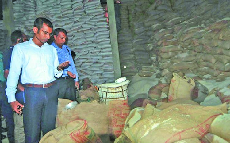4,000 tons of rice confiscated from port city godown