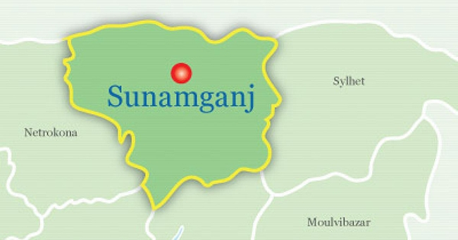 Thousands suffer for awful state of a road in Sunamganj
