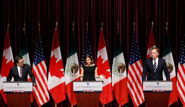 Mexico opens way for NAFTA trade talks to run into 2018