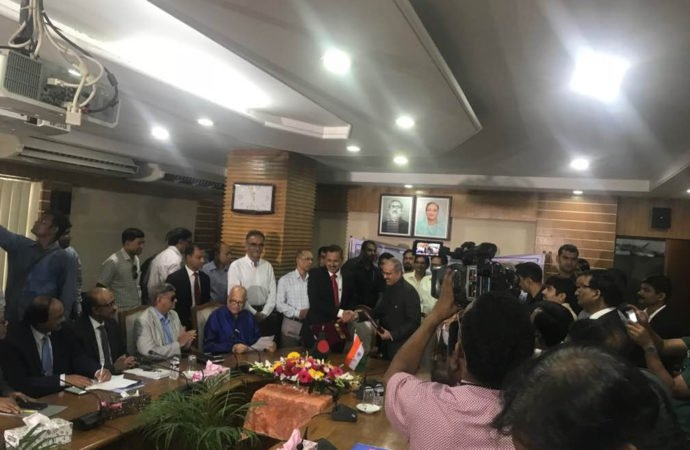 Bangladesh signs $4.5bn loan deal with India