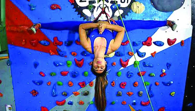 Myanmar climbers take latest yoga trend