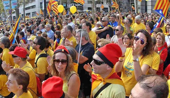 Spain-Catalonia relief edges world stocks to fresh high