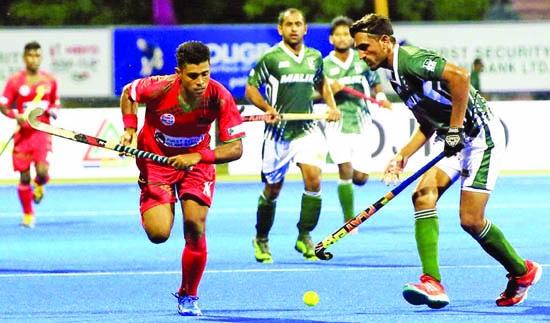 India, Pakistan start with win
