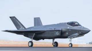 Australia defence data in 'extensive' hack