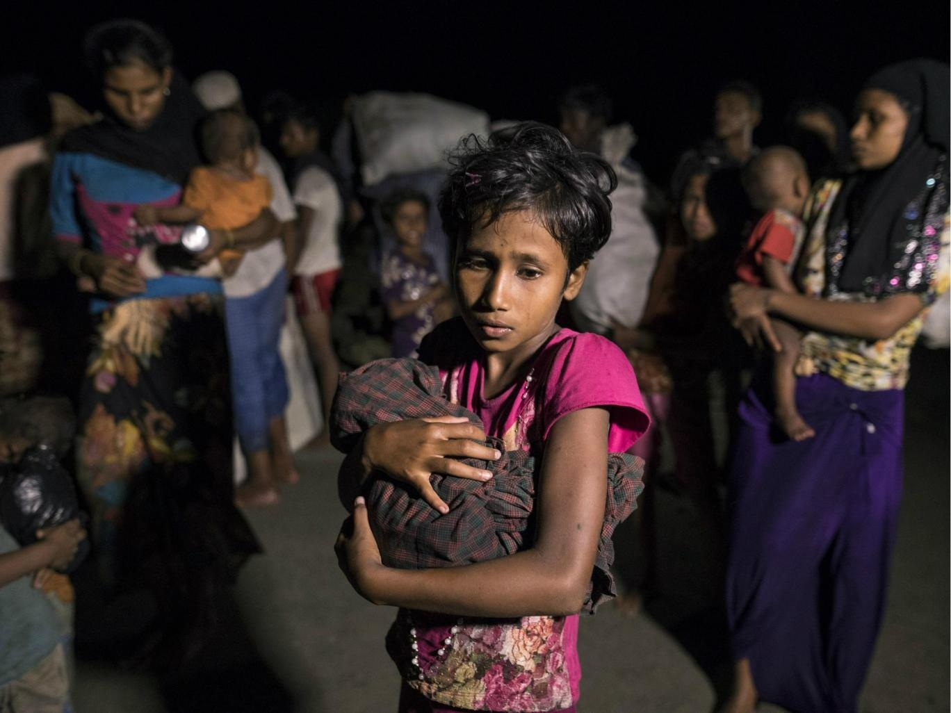 340,000 children 'outcast and desperate' in squalid Bangladesh: Unicef