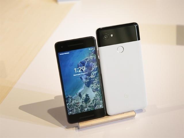 Google's Pixel off to a rocky start