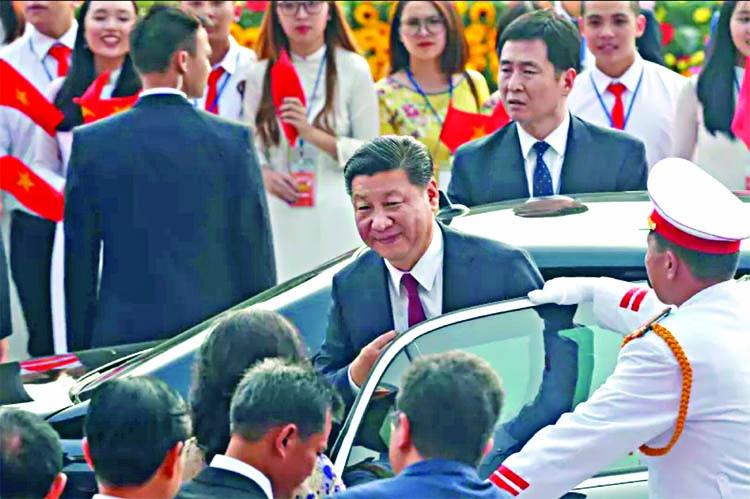 Xi makes state visit to Vietnam