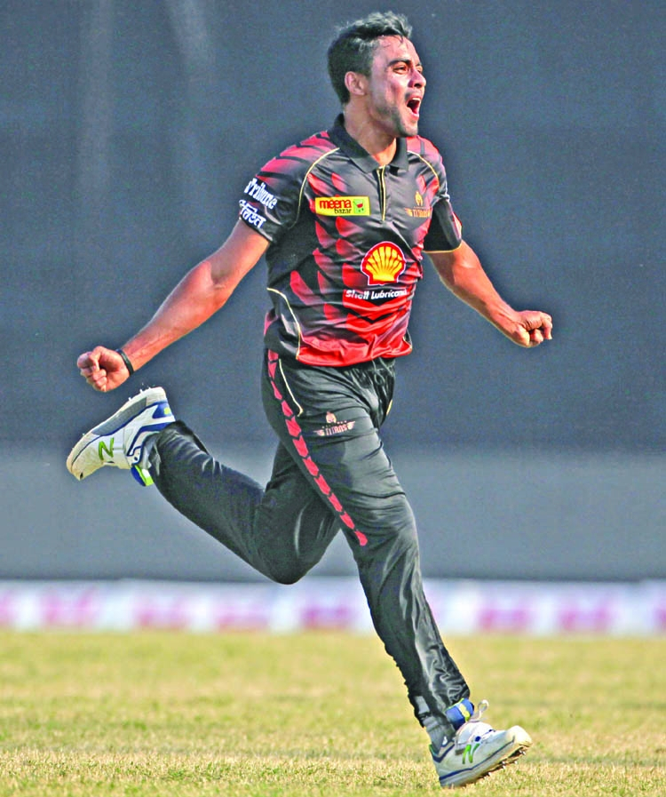 Khulna Titans pick up second victory in BPL
