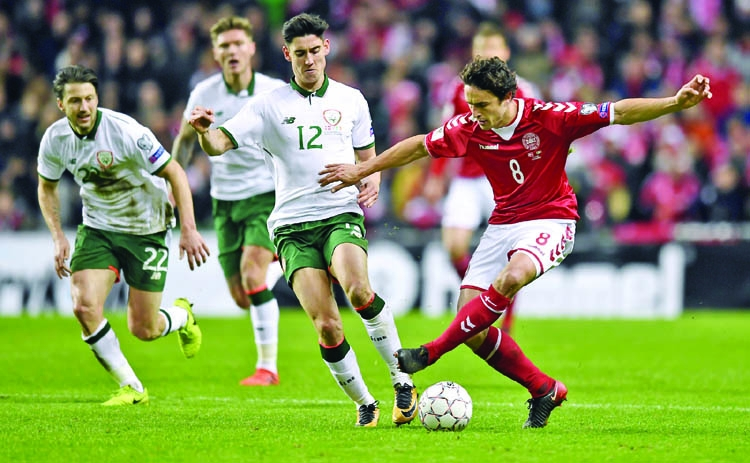 Ireland hold Denmark  to first-leg stalemate