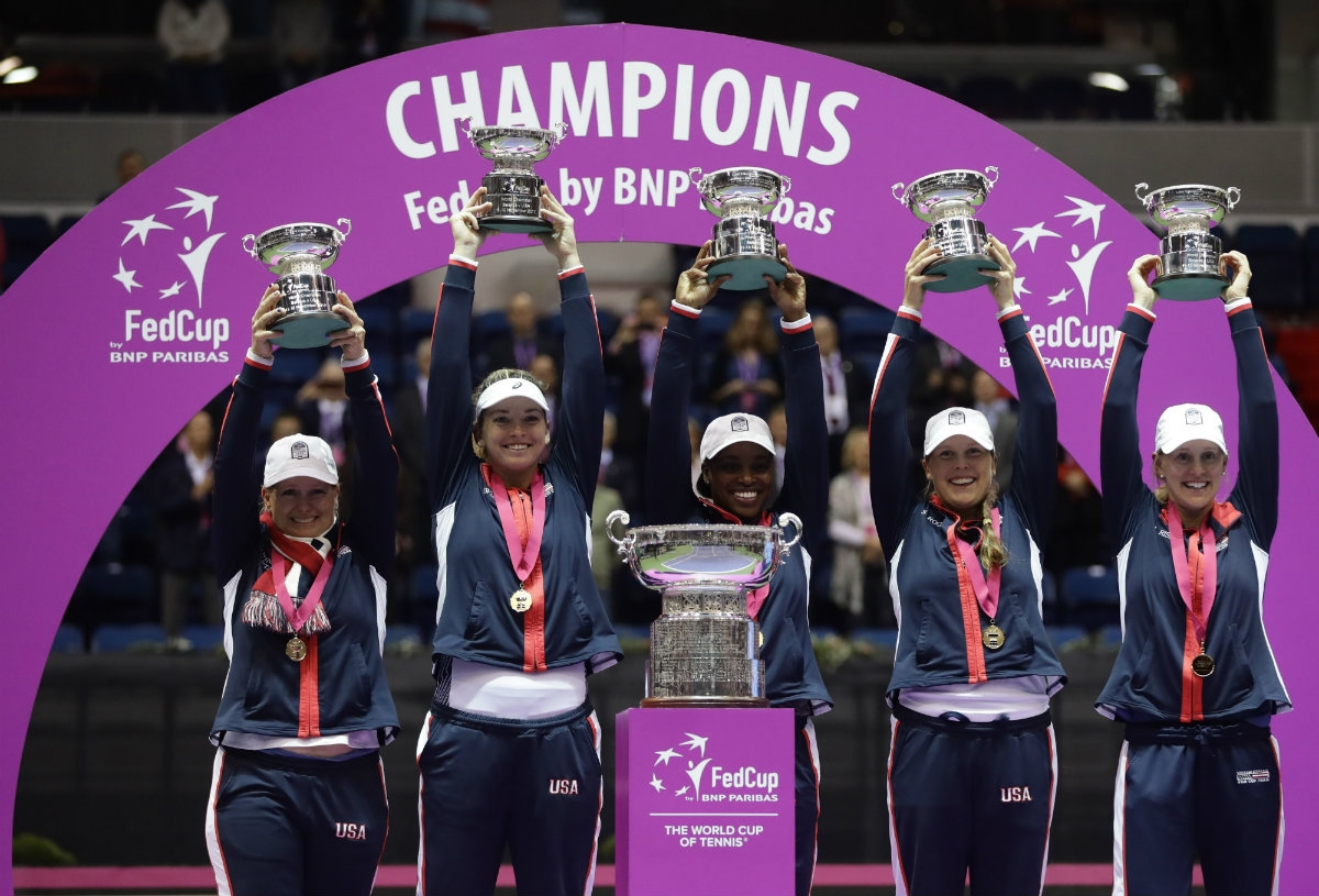 United States beats Belarus to win its 18th Fed Cup title