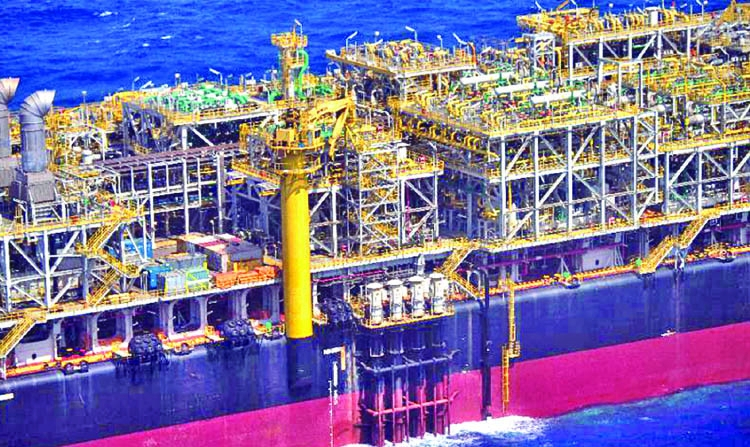 Pioneers push limits on Brazil's deep-sea oil frontier