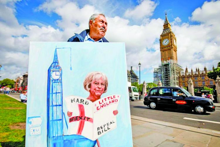 British Brexit bill faces scrutiny in parliament