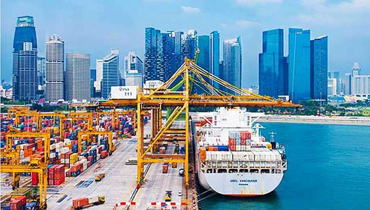 Singapore growth  beats forecasts