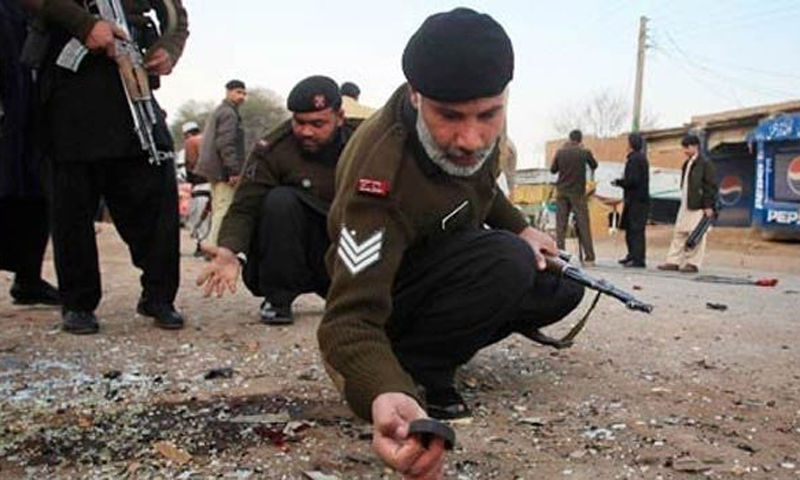 2 killed in Pakistan's Peshawar blast