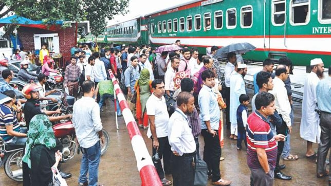 Railway's daily passengers expected to double in 2 years