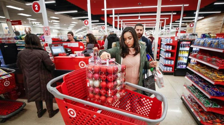 US online shopping surges on Thanksgiving evening
