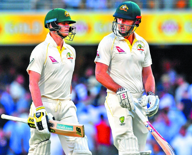 Smith defies England as Aussies fight back in Ashes