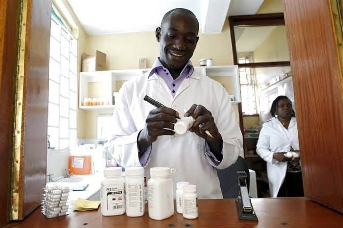 Nigeria's flourishing 'miracle cure' business for HIV/AIDS