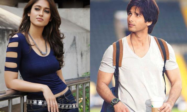 Ileana, Shahid join forces for 'Batti Gul Meter Chalu'?