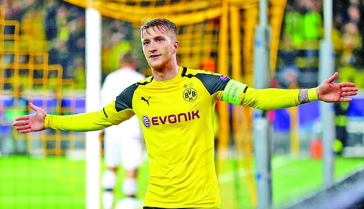 Dortmund resume without Reus, wait on Goetze