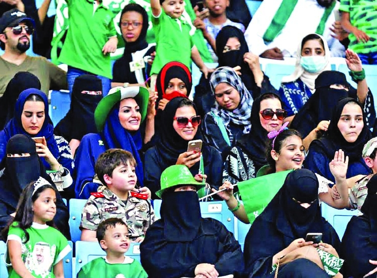 Saudi women to enter stadiums for 1st time