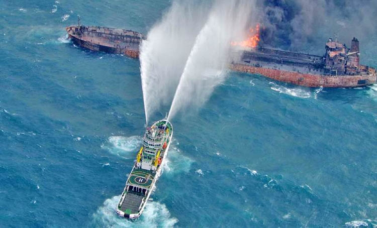 Chinese salvagers recover 2 bodies from Iranian tanker