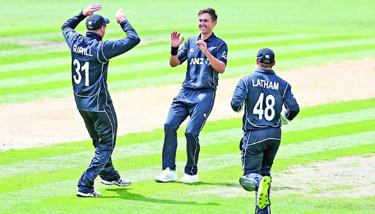 Boult destroys Pakistan as New Zealand take series