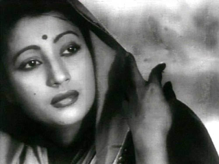 Suchitra Sen –––  Thespian of beauty and grace
