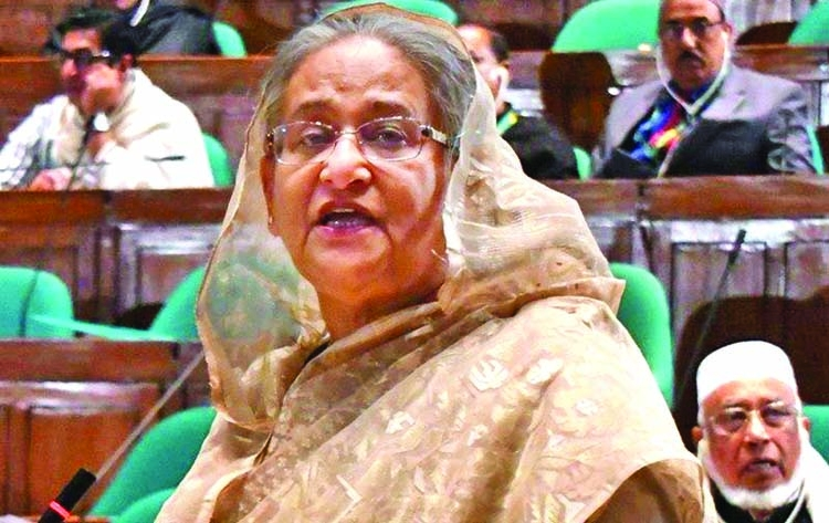 Flattering can't change me: PM