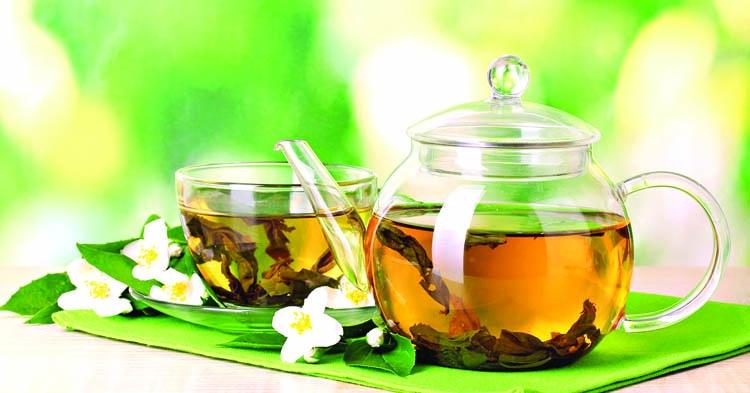 Tea from jute leaves