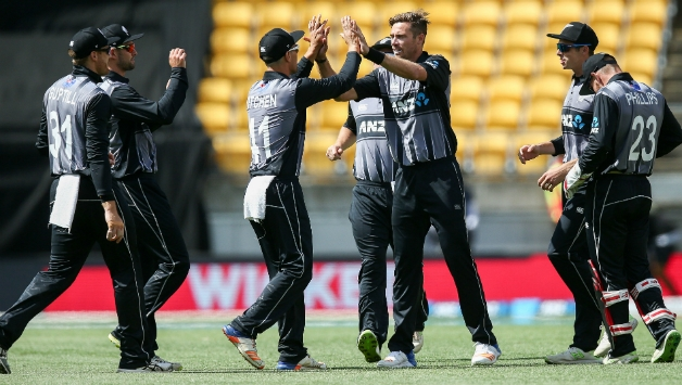 New Zealand beats Pakistan by 7 wickets in 1st T20