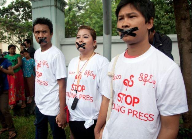 Myanmar government under Suu Kyi cracks down on journalists