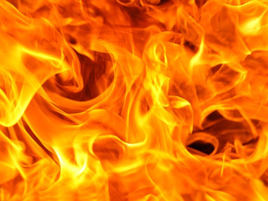 Jhut godowns catch fire in Gazipur