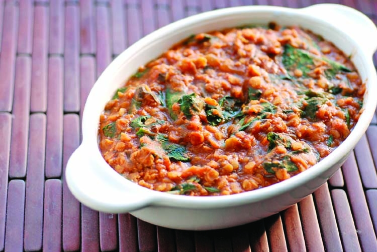 Garlic spinach lentil