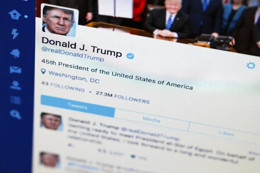 Judge hears case of people blocked by Trump on Twitter