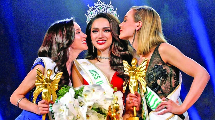 Vietnamese wins Thai transgender pageant