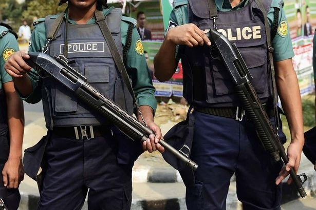 Cops foil job-seekers bid to march towards ministry