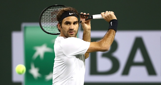 Federer chases Chung to reach semi-finals