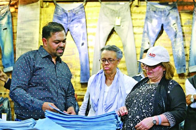 US Ambassador visits Denim Expert factory