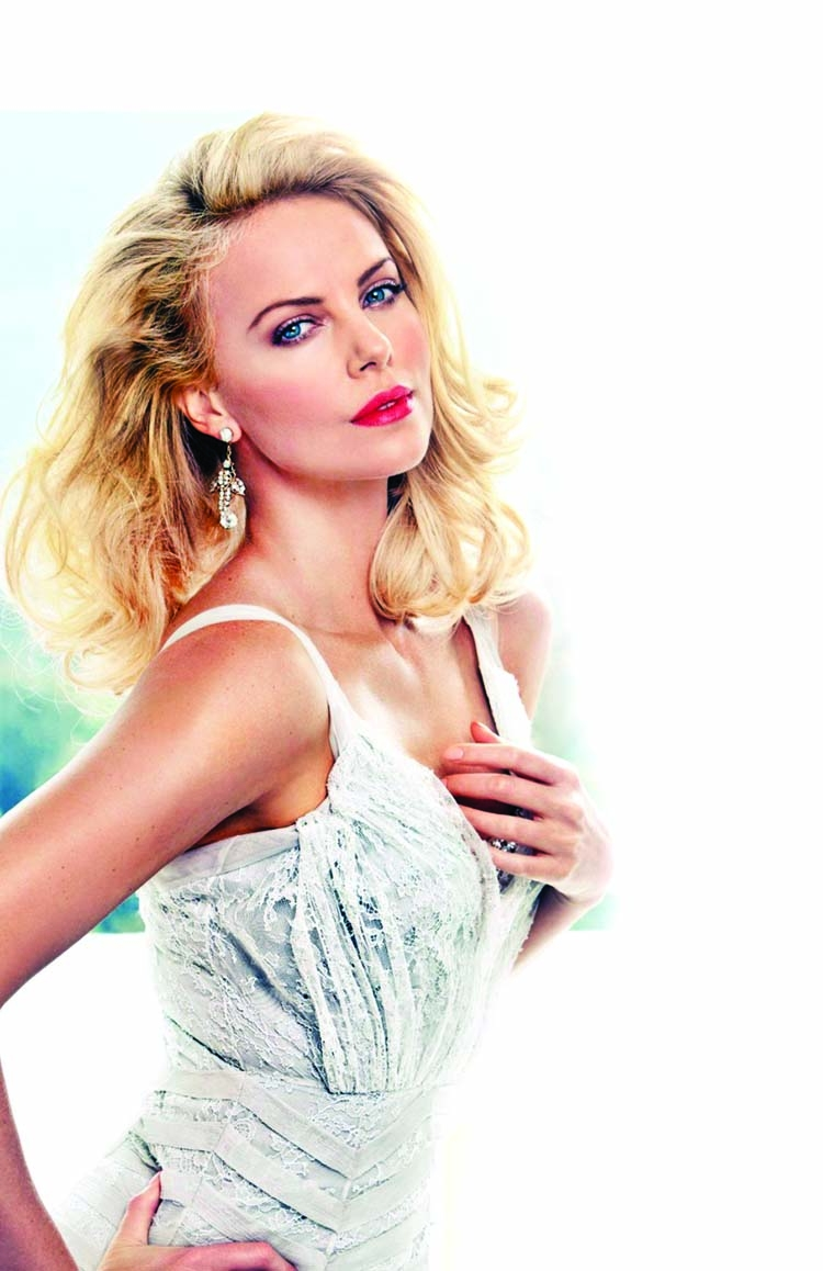 'Charlize Theron elegant, but also streetwise'