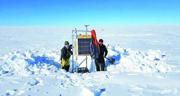 Sea level fears as Antarctic glacier found floating