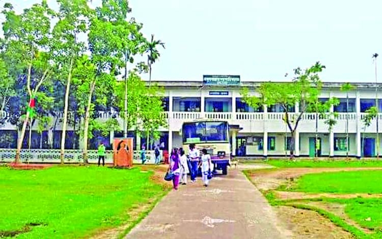 College, BCL in clash over road construction at Cox's Bazar