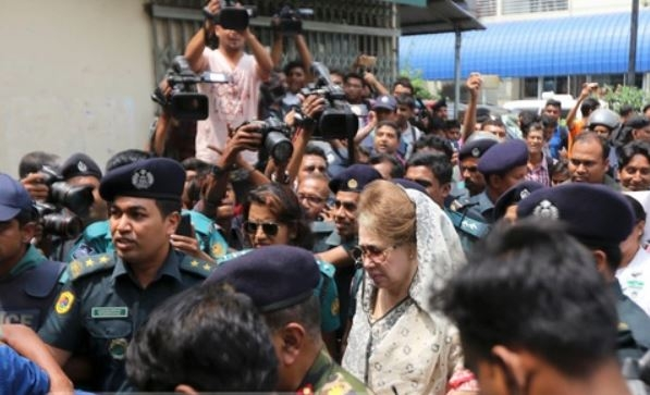Narail court to hear Khaleda bail plea on May 8