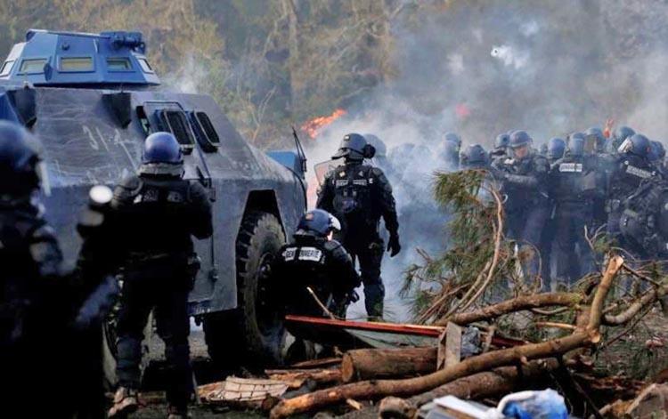 Police blame ultra-leftists in western France