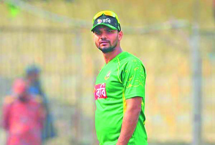 Stand beside cricketers who lose contract, says Mashrafee