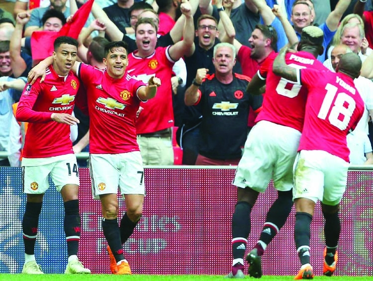Sanchez inspires ManU win over Spurs in FA Cup semis