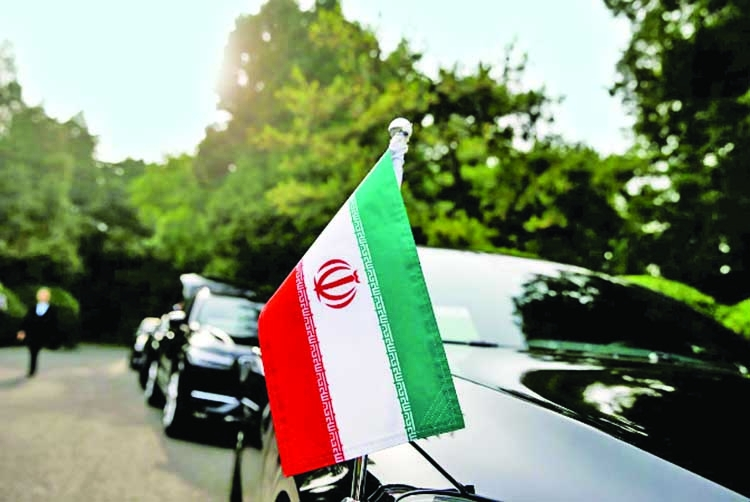 Iran asks Chinese oil buyers to maintain imports