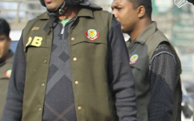 Six held with 11 stolen motorcycles, 2 auto-rickshaws in city