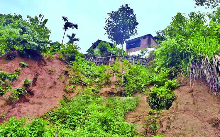 15,000 at landslide risk in Rangamati