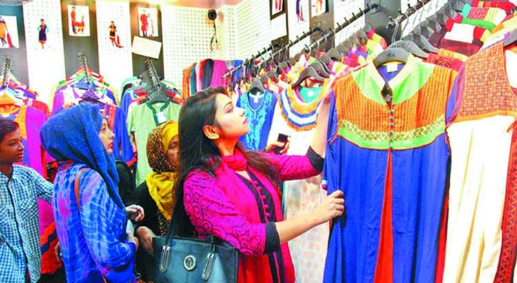 Chattogram shopping malls bustling with shoppers